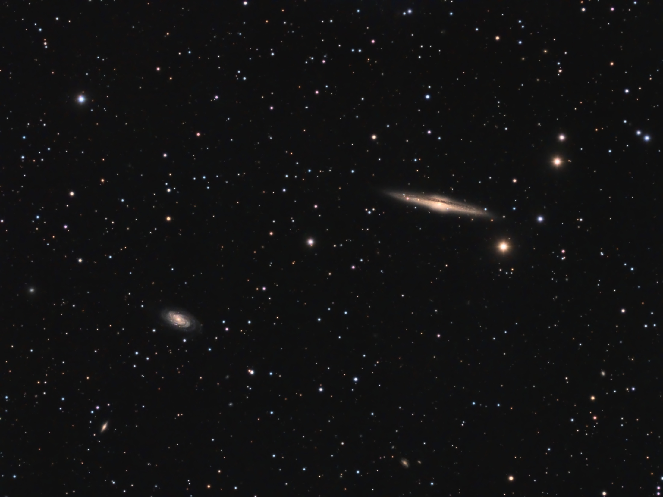 NGC 5746 & NGC 5740 – Barred Spiral Galaxies